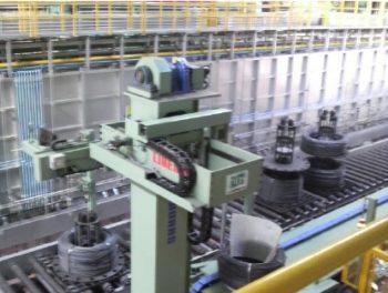 コイル搬送ロボット・コンベア・反転機伝動機器